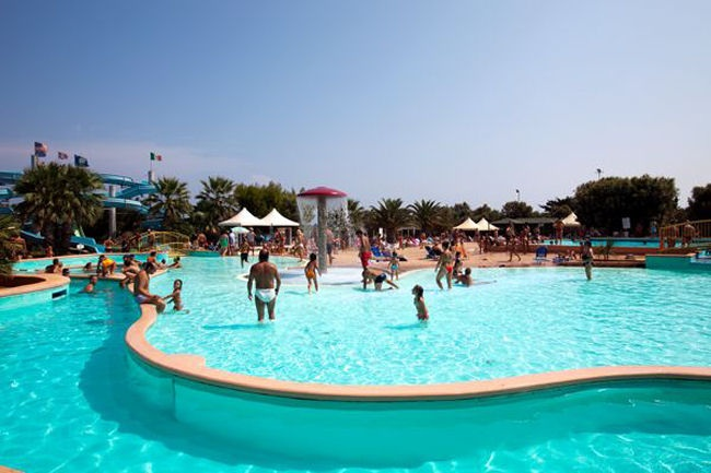 Camping villaggio lamaforca carovigno brindisi for Villaggio ostuni